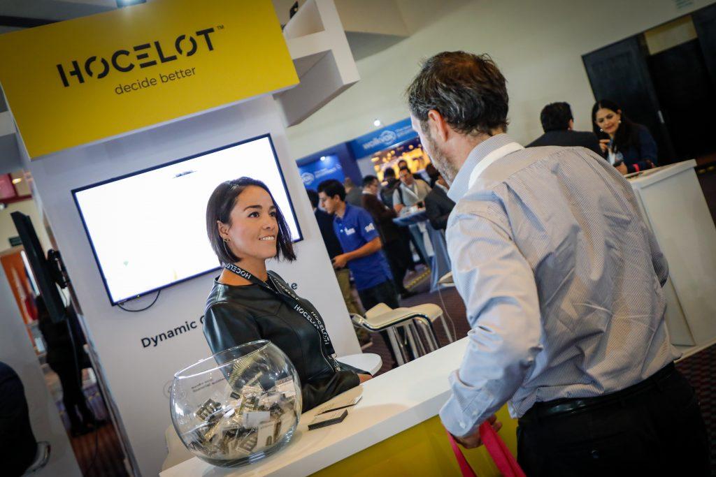 Stand de Hocelot en el 2020 Global CX Fórum de México.